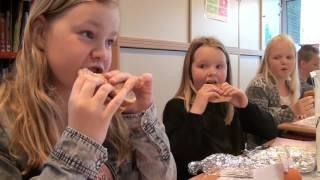 Paasontbijt school de Bron Wezep