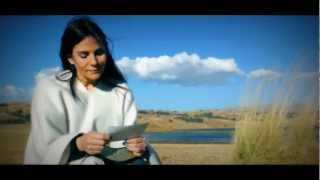 Gambar cover William Luna - Linda Wawita Video Clip (Lyrics)