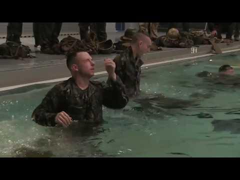 U S  Marines with MARFORRES conduct Swim Qualification / 2017.