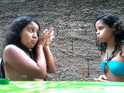 Desafio:água na cara com a minha amiga