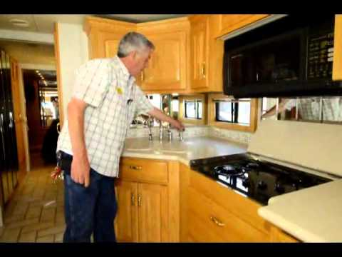 The RV Corral 2001 Newmar Kountry Aire 4086 STOCK#CA923