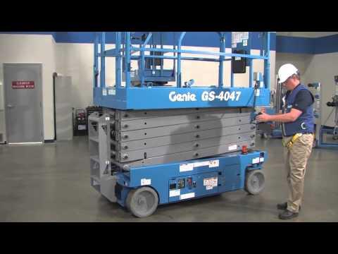 Product Walk-Around: Genie GS™-4047 Scissor Lift - ANSI - YouTube
