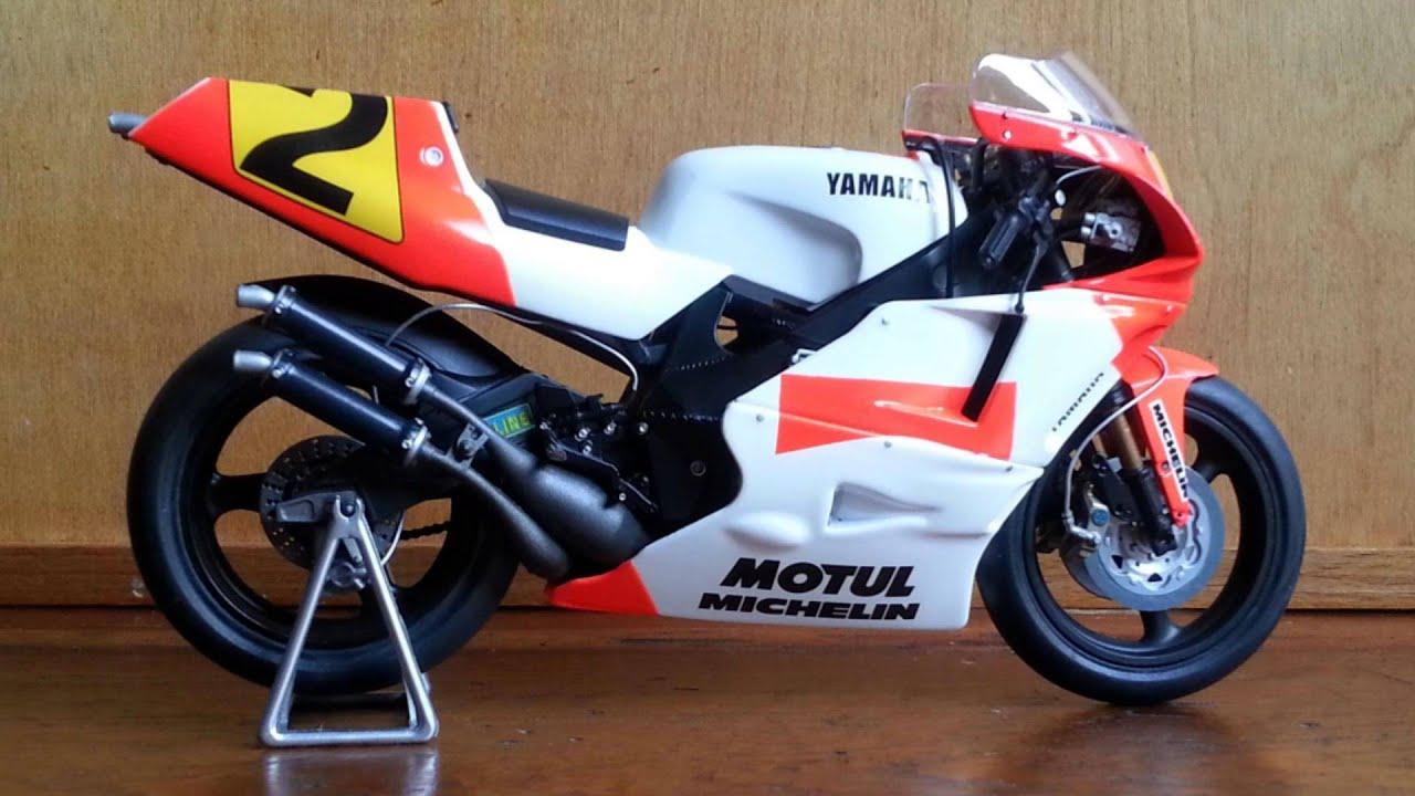 Classic: Wayne Rainey 1990 Marlboro Yamaha YZR500 - Bike