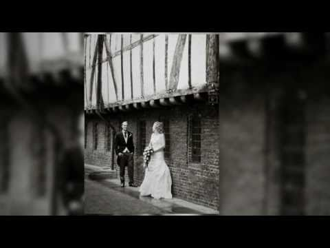 Wedding Photography at The Merchant Adventurers Hall in York