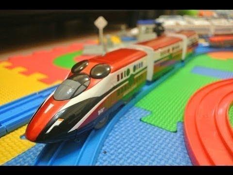 Kids Songs - Splashing Around - Disney Dream Railway Mickey Mouse Magical Express 02881 en