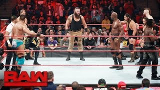 Battle Royal to earn a spot on the Raw Men's Team at Survivor Series: Raw, Oct. 31, 2016 thumbnail