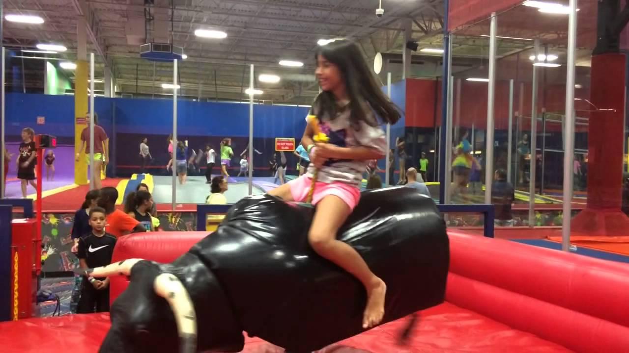 Valentina Riding The Mechanical Bull At Jump Street Youtube