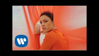 CARMINHO - O Menino e a Cidade [Official Music Video]