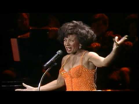 Shirley Bassey -There's No Business Like Show Business-