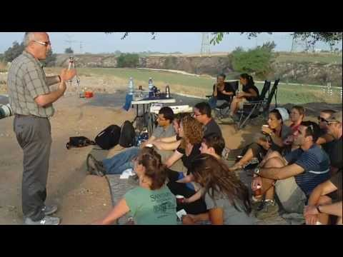Aren Maeir explaining about Tell es-Safi/Gath and archaeology in general Sept. 2012