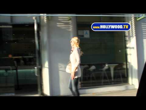 Paris Hilton Talks to Her Phone