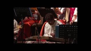 yosefi in concert