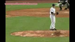 Mariano Rivera Pitching Slow Motion Cutter How To Throw A Cut Fastball Slider New York Yankees MLB