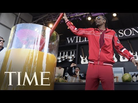 Borasio - Guiness Book Worlds Largest Gin And Juice Has Been Set By Snoop Dogg!