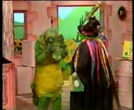 Grotbags Emus All Live Pink Windmill Show Youtube