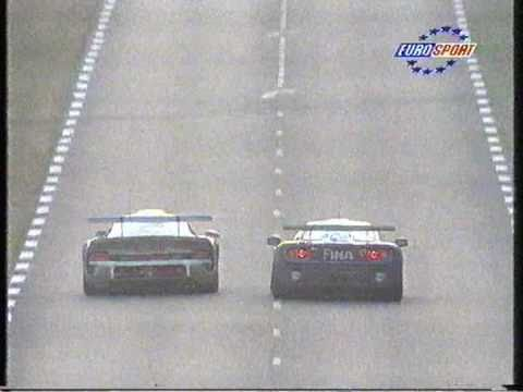 porsche gt1 versus mclaren f1 gtr le mans 1996 youtube. Black Bedroom Furniture Sets. Home Design Ideas