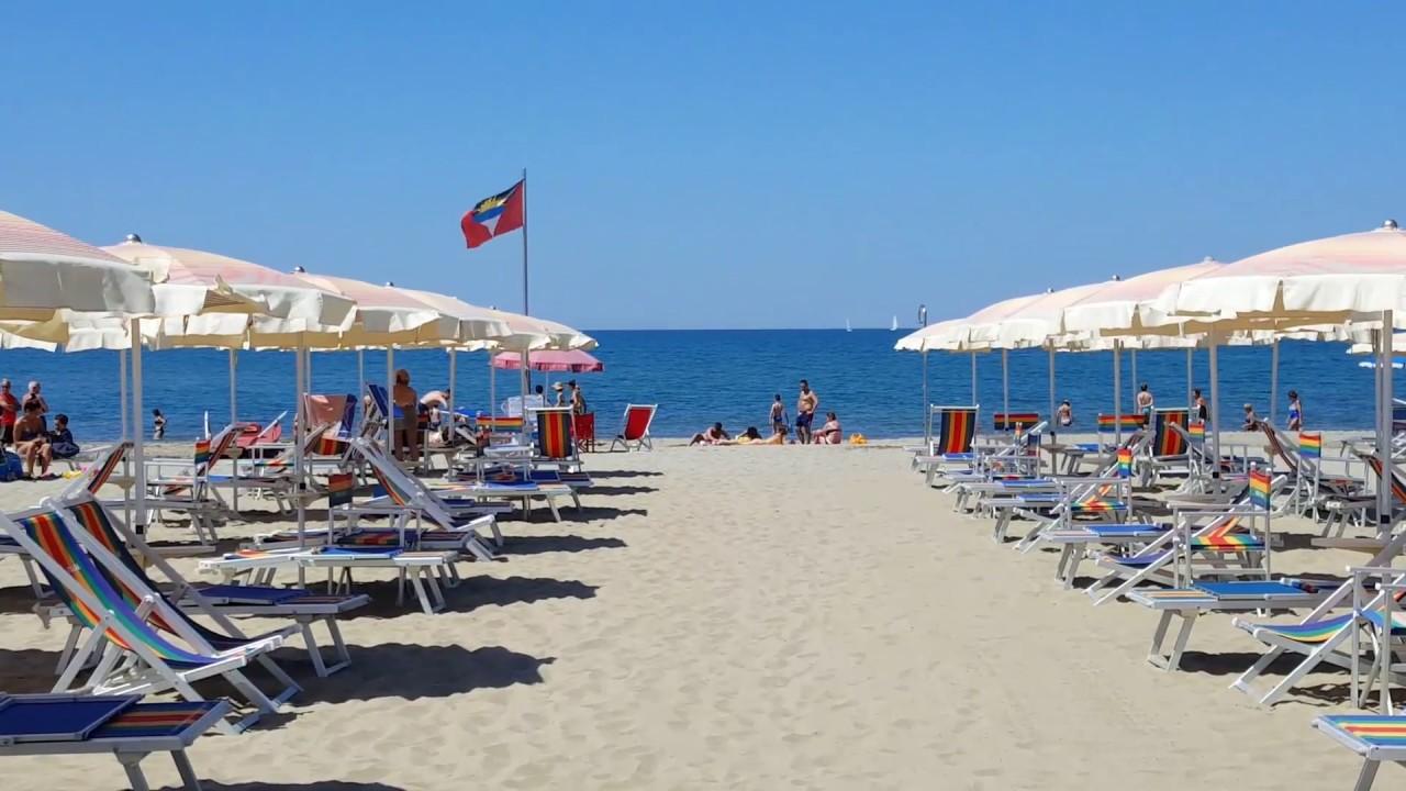 Stabilimento balneare Nuova Italia Viareggio - YouTube