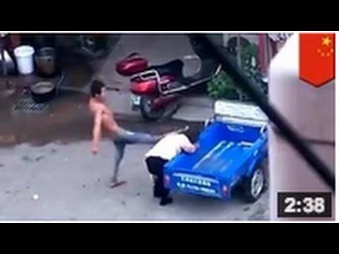 Pris en train de regarder une vidéo porno