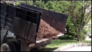 Mushroom Compost - A Quick Garden Hack
