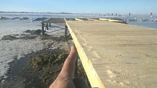Грандиозная стройка на озере, весна и грязь