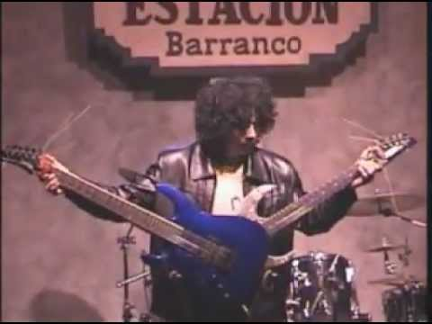 Michael Angelo Batio - Double Guitar Solo (17 years old) by SandeR