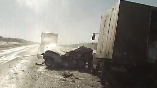 ТОП дорожных проишествий грузовиков с автомобилями