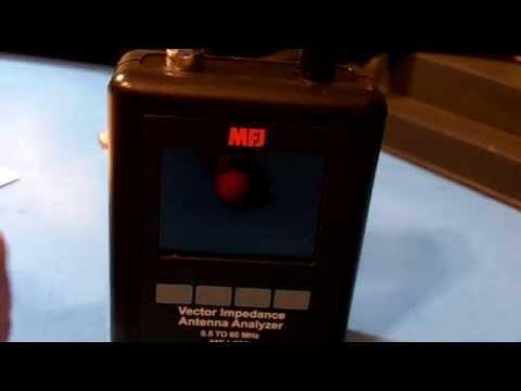TRRS #0507 - MFJ-223 Graphic Antenna Analyzer
