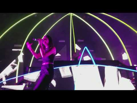 Krewella performs unreleased song 'Dead AF' @ New World Tour, The Warfield, SF