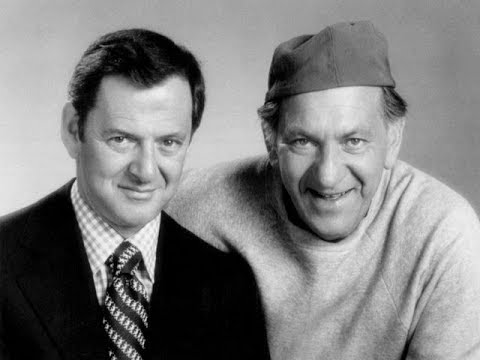 The Odd Couple - Tony Randall & Jack Klugman - Play a Simple Melody