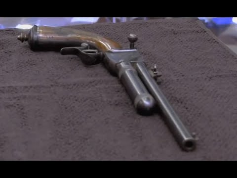 Pawn Stars:  Super rare 'liquid' pistol