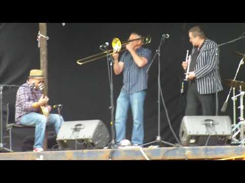 Bourbon Street Parade Dickie Whites Jazz Allstars