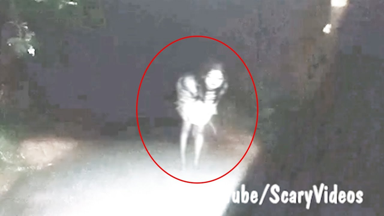 Incredible Ghost Video Recorded By Ghost Hunter | SCARY Ghost Videos By Ghost Hunter's