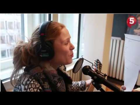 Download Ylvis - P4-programlederen synger kjærlighetssang til Bård [English subtitles]
