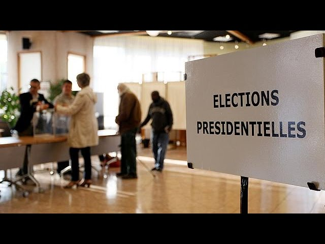 <h2><a href='https://webtv.eklogika.gr/i-psifos-ton-apodimon-gallon' target='_blank' title='Η ψήφος των απόδημων Γάλλων'>Η ψήφος των απόδημων Γάλλων</a></h2>