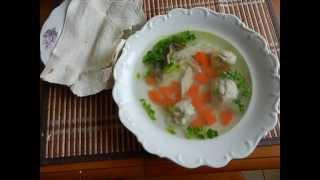 Рецепт куриного бульона с клецками из манки и льняного семени