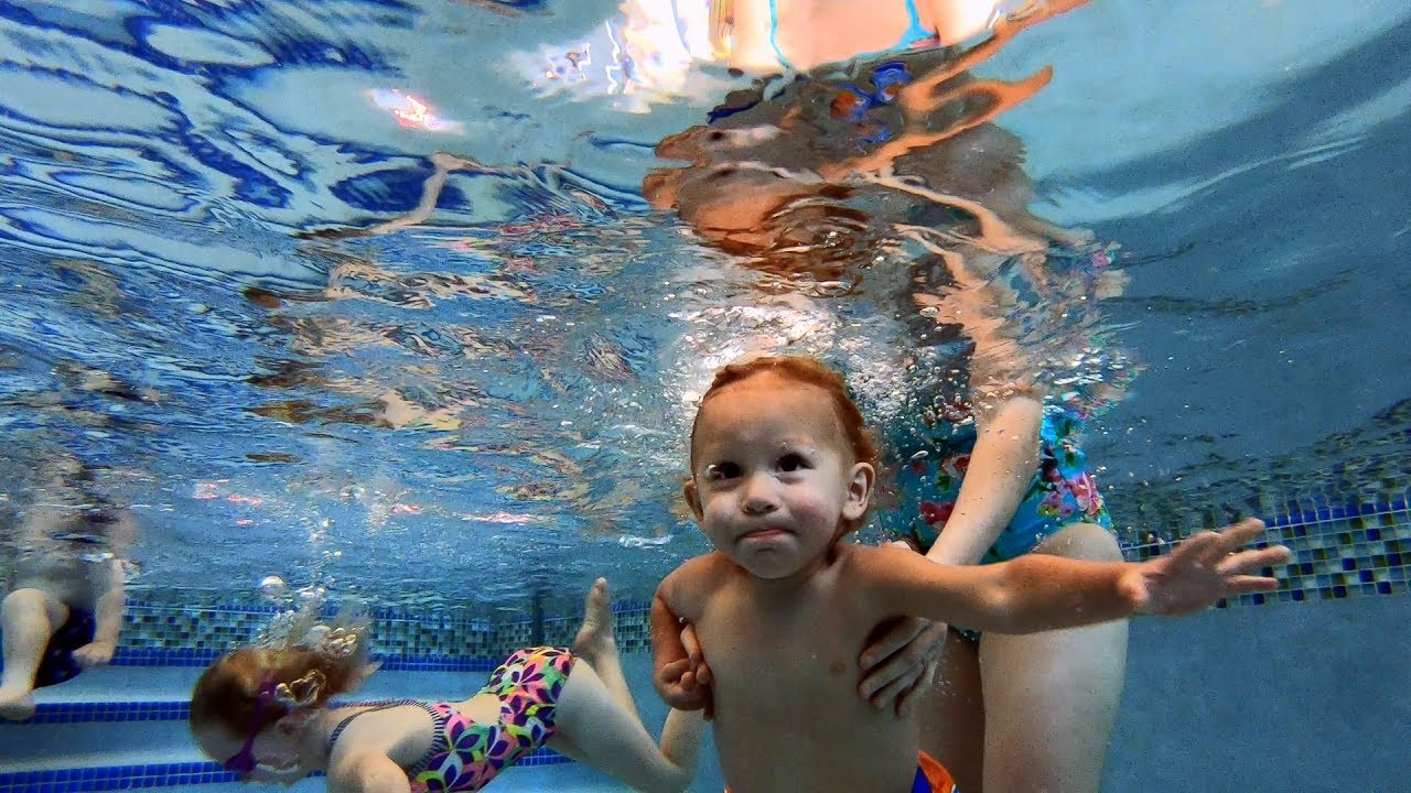 Baby Swimming In The Pool Underwater Youtube