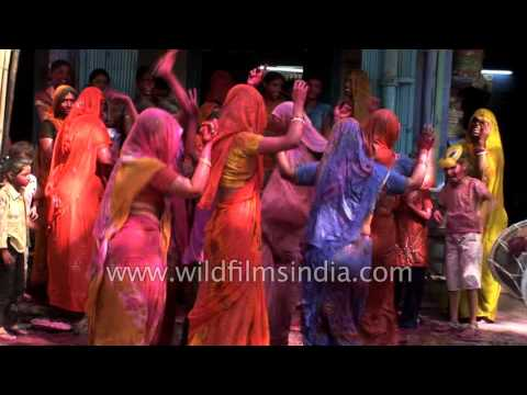Indian women dance on occasion of Holi festival in Jodhpur