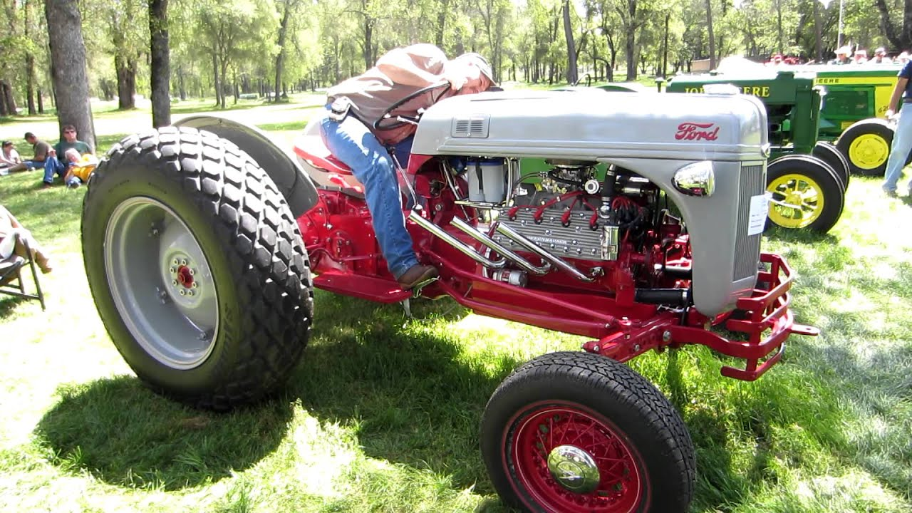 V8 Antique Tractors : Ford tractor with flathead v mov youtube