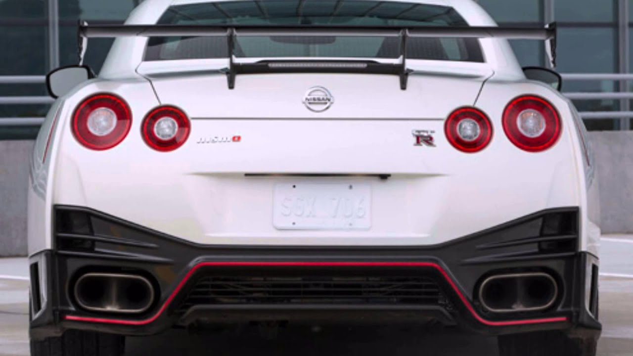 2016 ford shelby mustang gt350r vs 2015 nissan gt r