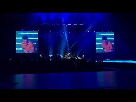 Mashup Shape of You - The Vamps and Conor Maynard   The O2 - London