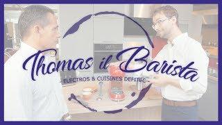 Un bon café avec la Machine à café Expresso Smeg ECF01CREU Années 50 - Thomas il Barista