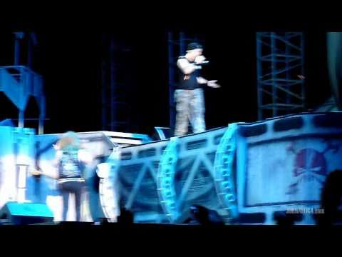 Iron Maiden - Fear of the Dark (Live in Jakarta, Indonesia, 17 February 2011)