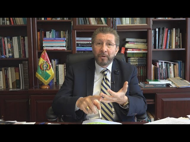 (2) La Constitución vigente en Bolivia es la de 1967/94 y el gobierno debe aplicarla