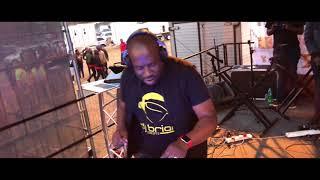 Gambar cover DJ BRIAN LIVE @MALAMULELE (XITSONGA MIX)