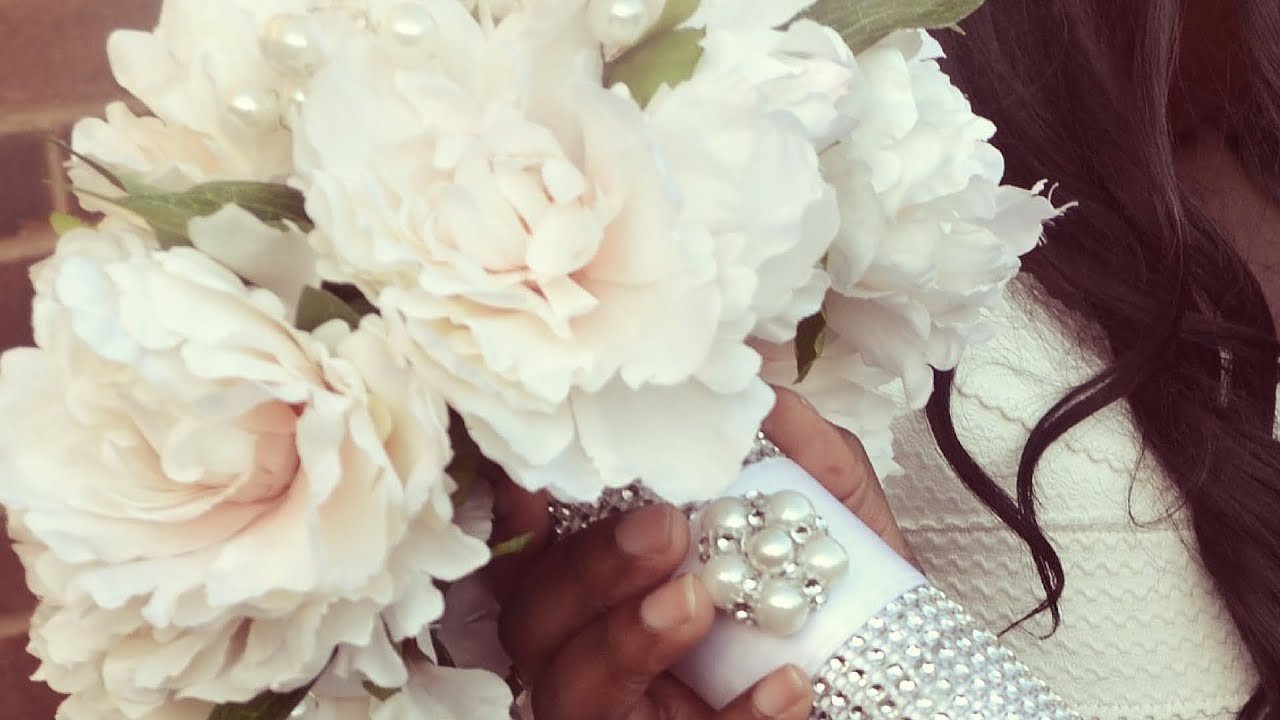 Diy Bridal Bouquet Wedding Flowers With Decorated Holder Youtube
