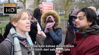 P1   Apakah Anda Tuhan Mansur vs Lizzie Kristen   Speakers Corner   Hyde Park