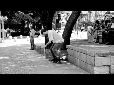 Veja o video -NIKE SKATEBOARDING BRASIL I SKATE SO PAULO  EU SKATE SO PAULO