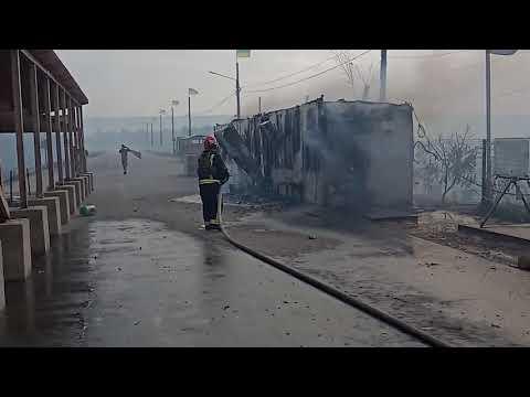 На території Луганської області триває гасіння лісових пожеж