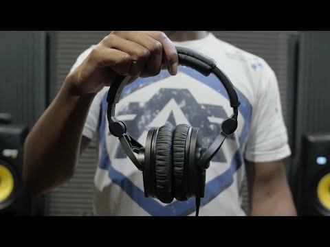 Black Sennheiser Circumaural Closed-Back Monitor Headphones HD 280 Pro