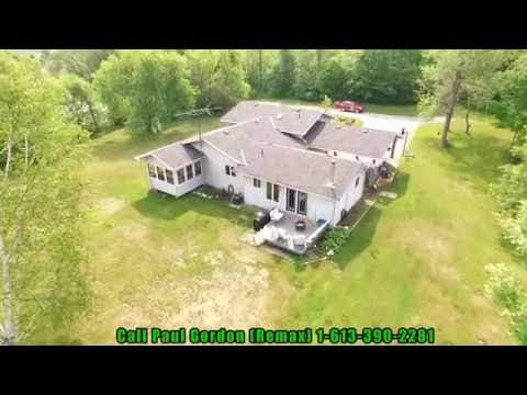Lakefront homes for sale near perth ontario